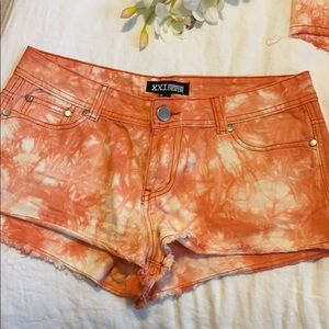 SALE BRAND NEW Forever 21 shorts low rise